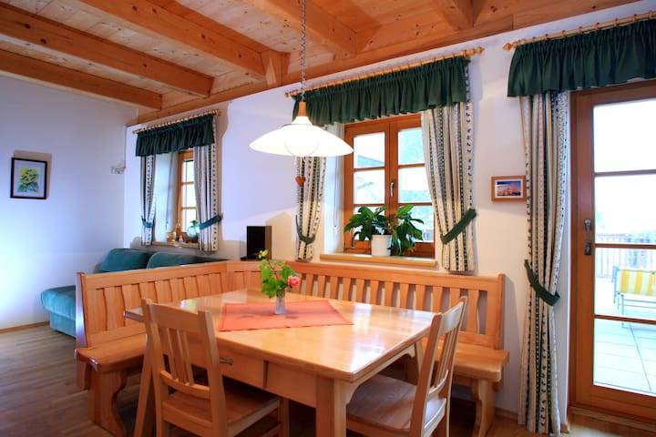 Vacation Apartment - Leutschach - Pis