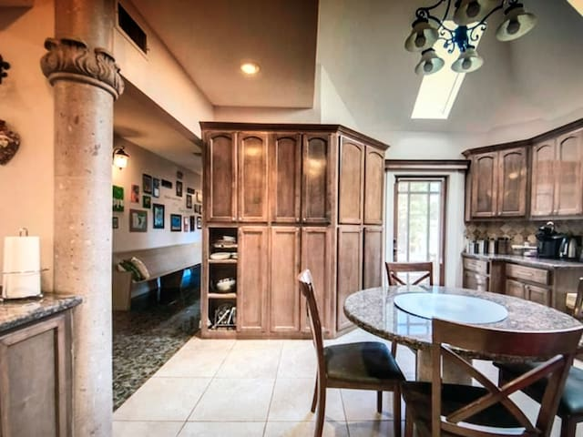 Great house for relax and work in Edenton!