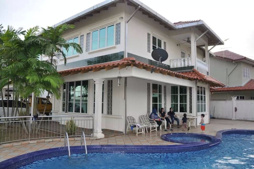 Pd Holiday Bungalow With Pool Houses For Rent In Port Dickson Negeri Sembilan Malaysia