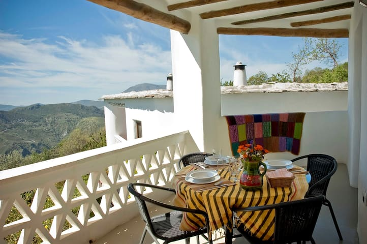 The Green Sheep, Apartment 5 pax in the Alpujarra - La Tahá - Condominio