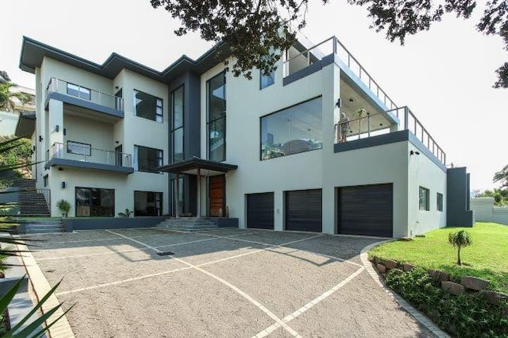 Umhlanga Private Guest Apartment