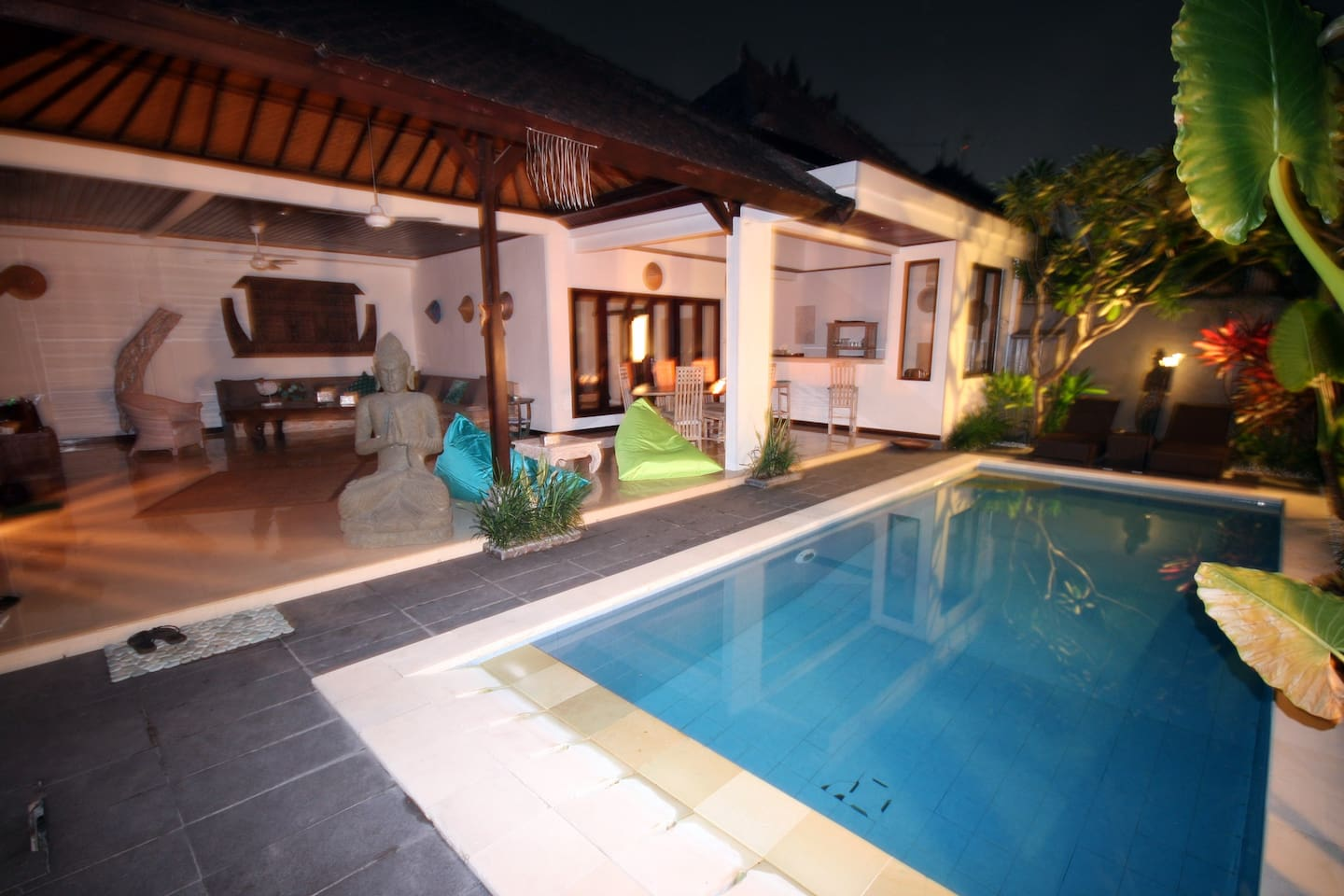Villa Dewi Sri 2 Rooms + Pool