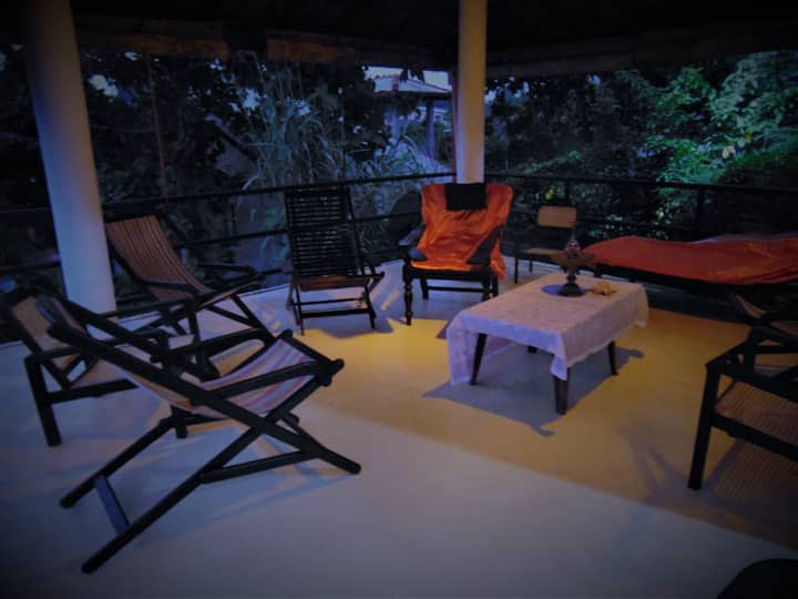 Villa - Room For Galle Medical Electives(Room1)