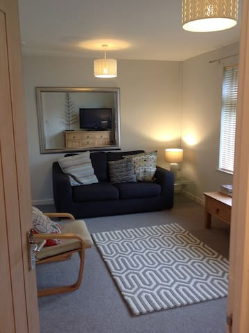 One Bedroom Ground Floor Apartment - Padstow - Byt