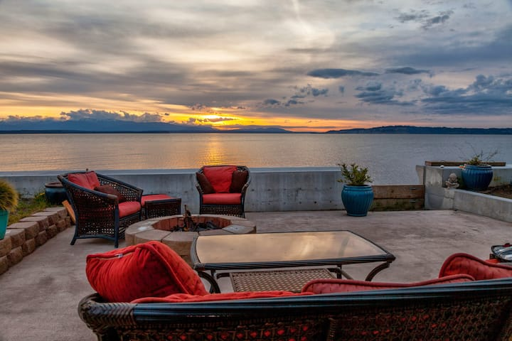 Sunset Beach Cottage Beachside SO WHIDBEY ISLAND