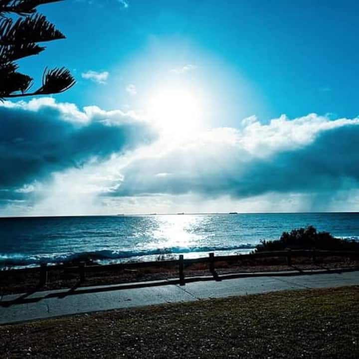 Double bed room in coogee, 5 minutes to the beach