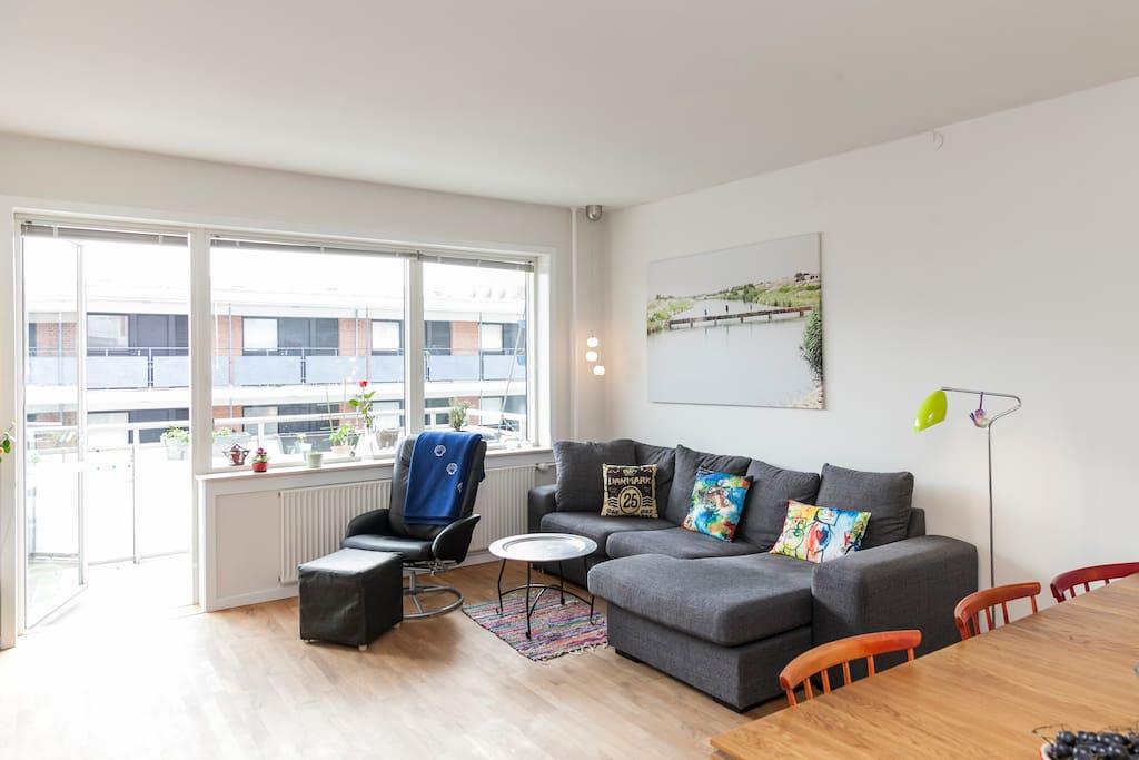 Sofa, 1 person can sleep here
