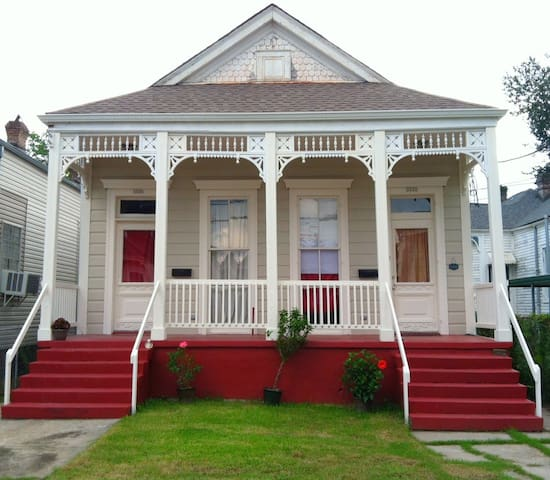 Music House: Historic Victorian. Prime VooDoo Fest