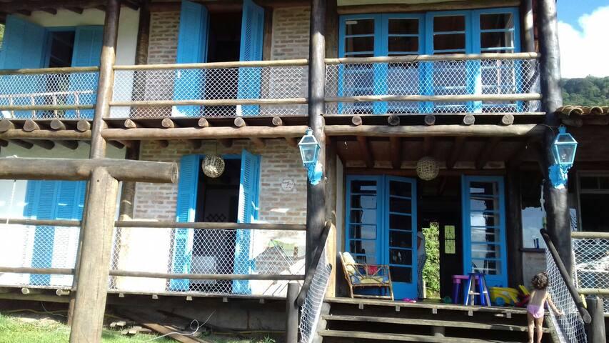 Casa rustica condominio - Lagoinha