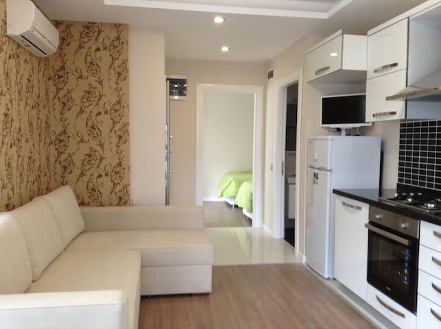 Квартира с гостиной и спальней - Анталья - Appartement