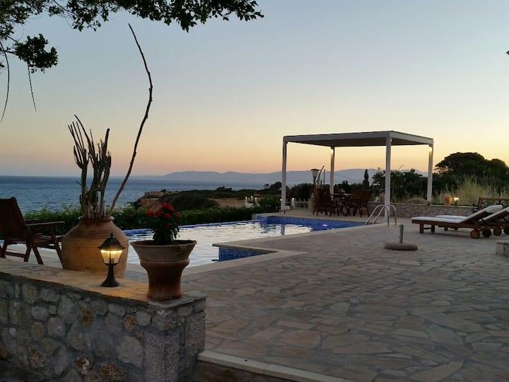 beachfront Sealine villa