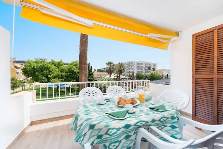 "Beautiful Holiday Apartment ""Venecia"" with Pool, Wi-Fi, Balcony & Air Conditioning; Parking Available"