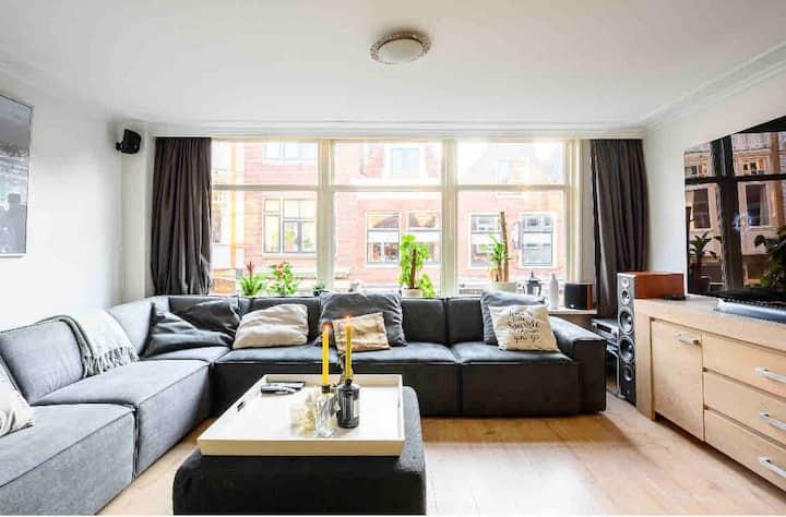 Modern appartement in old historic center Leiden