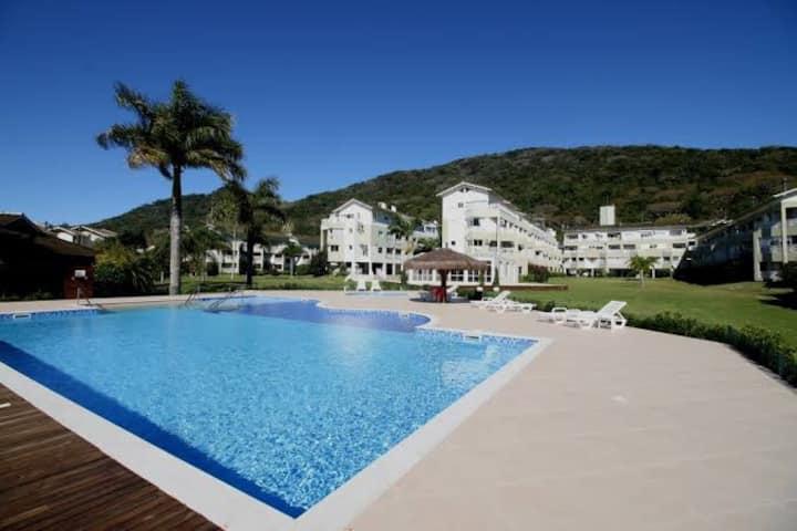Magnífico Resort na beira da Lagoa da Conceição