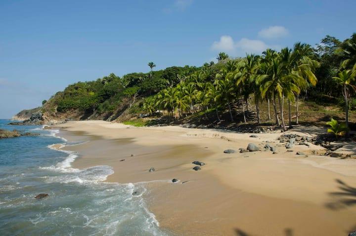 Beachfront Casita w.Kitchen Direct Access to Beach