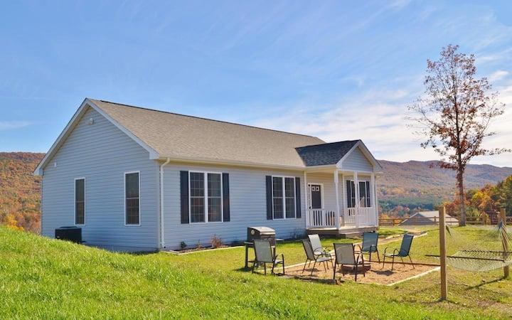 Entire Modern, New Home - Shenandoah Valley Vista