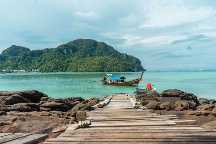 Terrific View Twin Bungalow on Phi Phi!