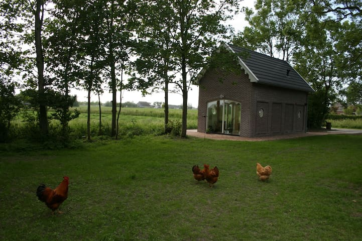 Koetshuis bij Biologische boerderij