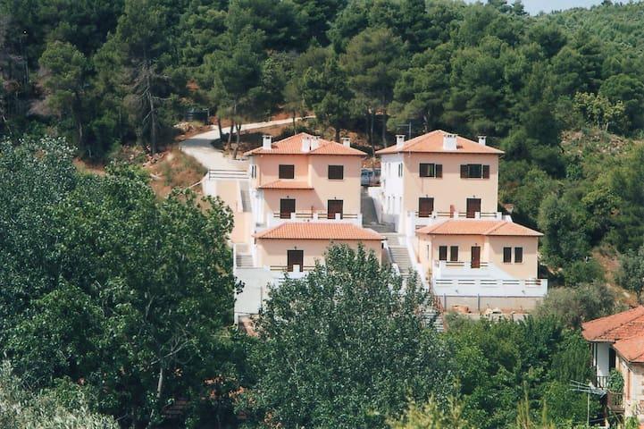 agnanti-holidays - Agios Georgios
