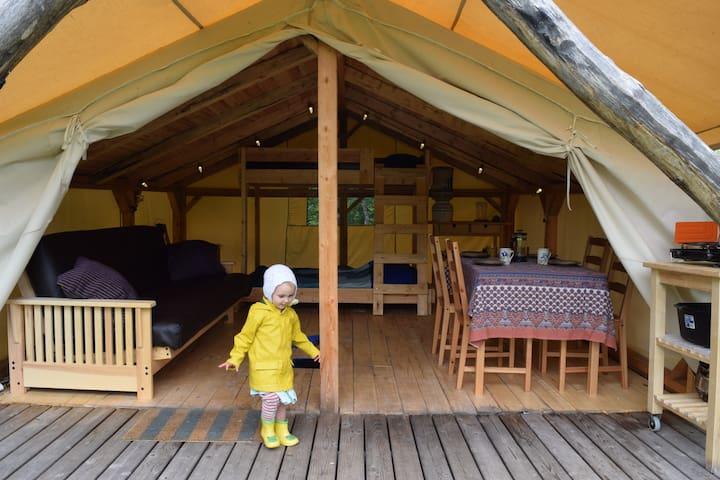 Sumac Water Access Tent Cabin @Wild Woods Hideaway