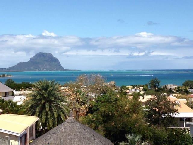 Cosy Sea View Apartment, Rivière Noire, Mauritius