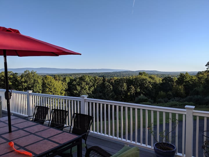 Hudson Valley Hilltop Home with Panoramic Views