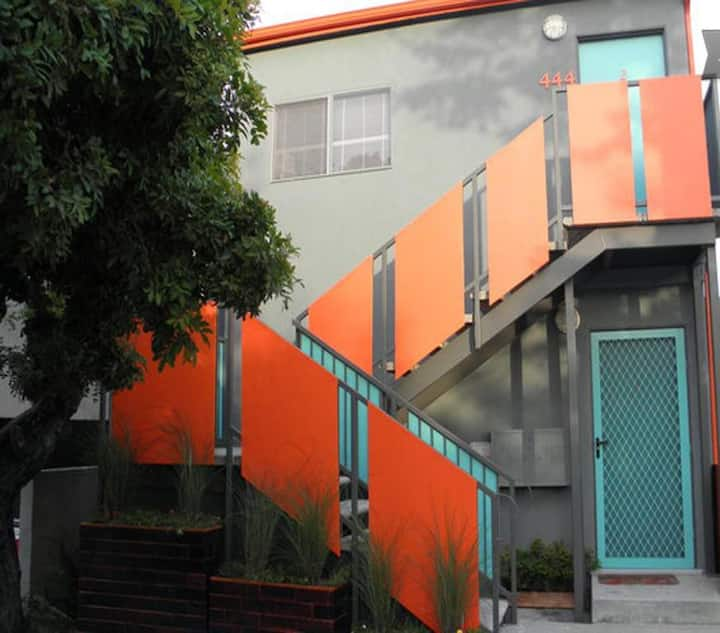 9 bedrooms,24 guests Stay together in Venice Beach