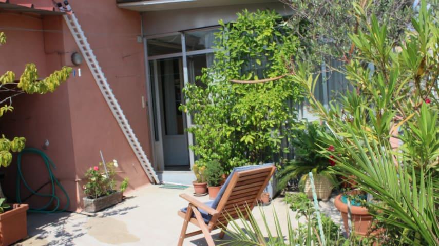 Veranda: brevi e medi periodi. MB Conca d'Oro Roma
