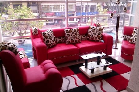 Habitaciones confortables para su estadía. - Bogotá