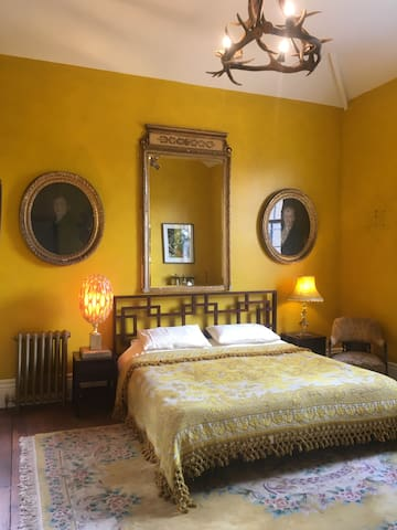 The Yellow Suite