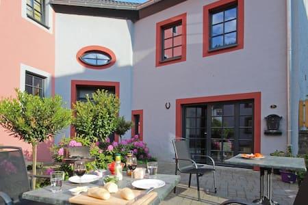 """Vakantiehuis """"Im Kylltal"""" - Malberg - Casa"""