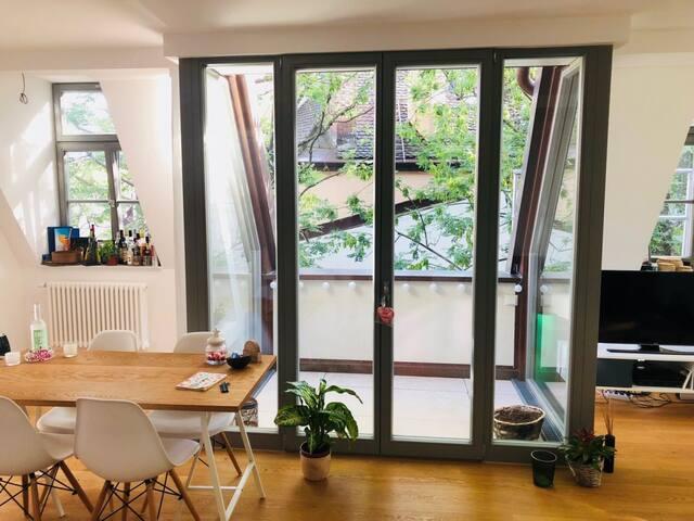 Beautiful Pretty 2 room apartment in Good Region