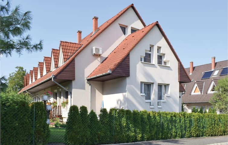 Holiday apartment with 3 bedrooms on 130m² in Balatonföldvár