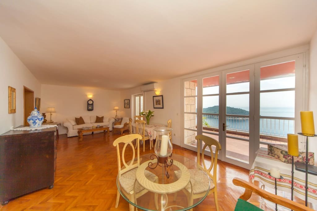 Living room with view of Lokrum