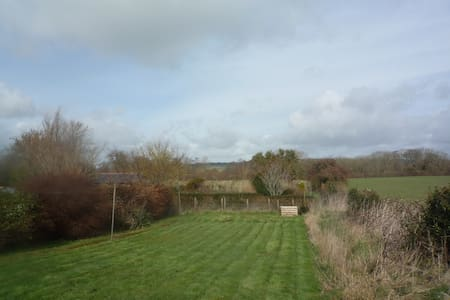 2 BEDROOM COTTAGE IN RURAL DORSET - West Stafford - 独立屋