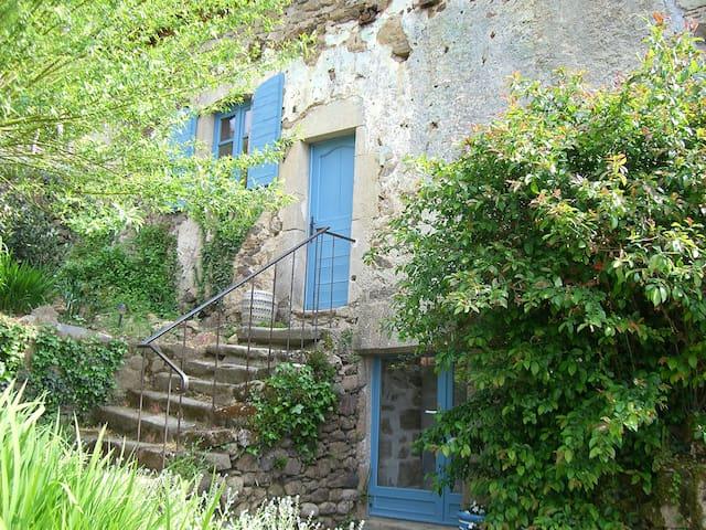 Ravissante maison de campagne - Saint-Bazile-de-la-Roche - Dům