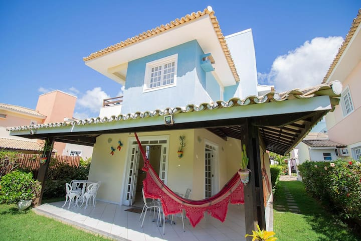 GB08 Aconchegante Casa 4 Suítes em Guarajuba