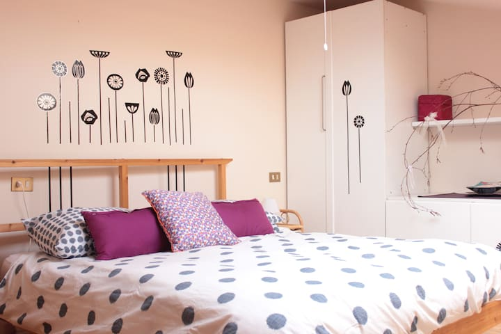 Lovely DoubleRoom in Loft,breakfast - Pasian di Prato - Bed & Breakfast