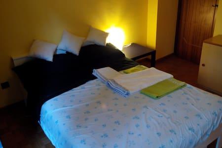 Ampia matrimoniale / Double Room