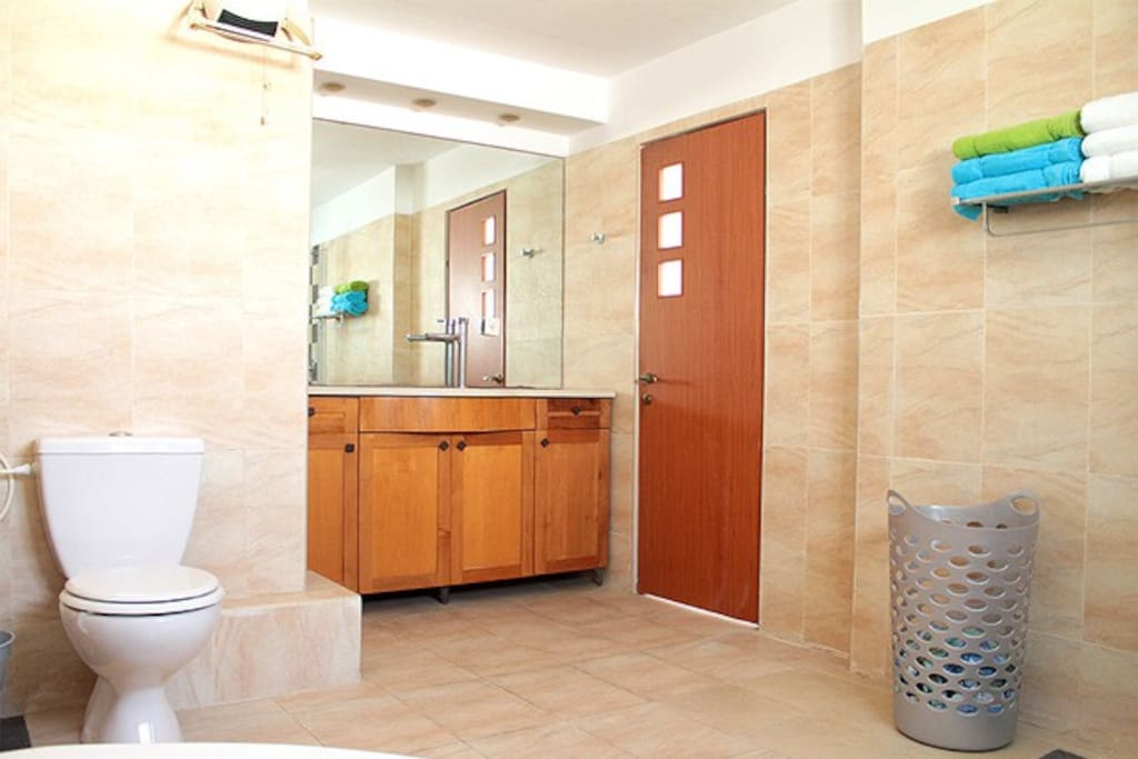 Second floor Spacious Bathroom and shower with jacuzzi