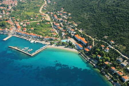 Come here :)) Grey apt Peljesac - Apartment