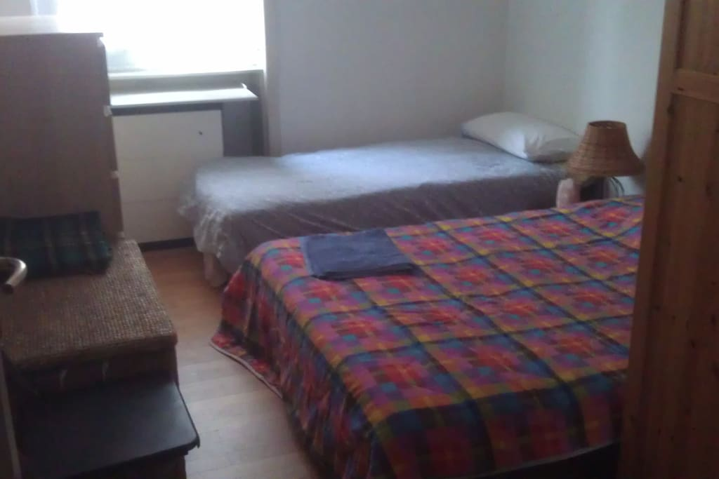 Room with 3rd extr bed