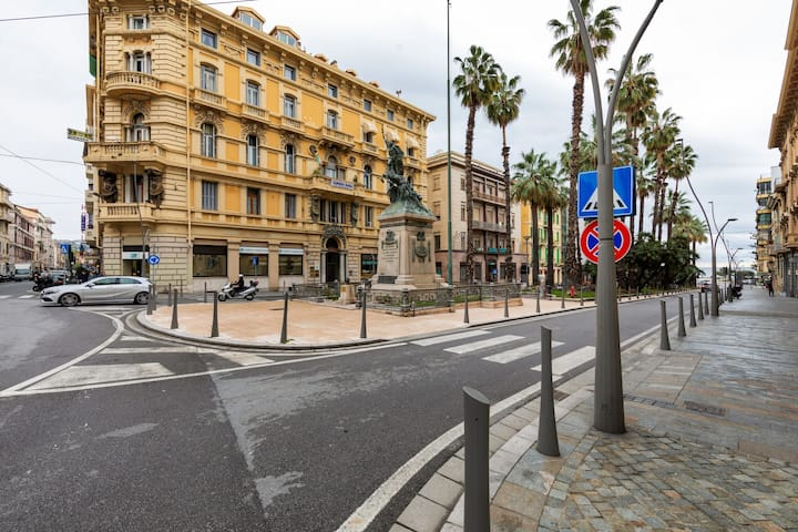 Enticing Holiday Home in Sanremo with Town Center Nearby