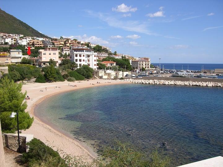 Casa vacanze a 50m dal mare  di Cala Gonone