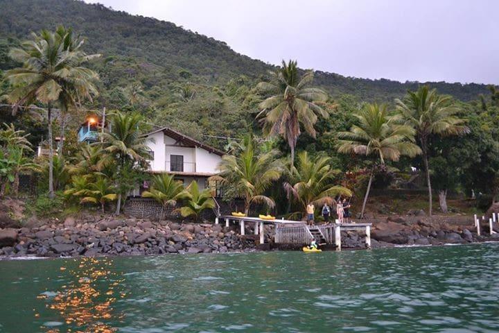 Casa em Ilha Grande, frente ao mar. - Angra dos Reis - House