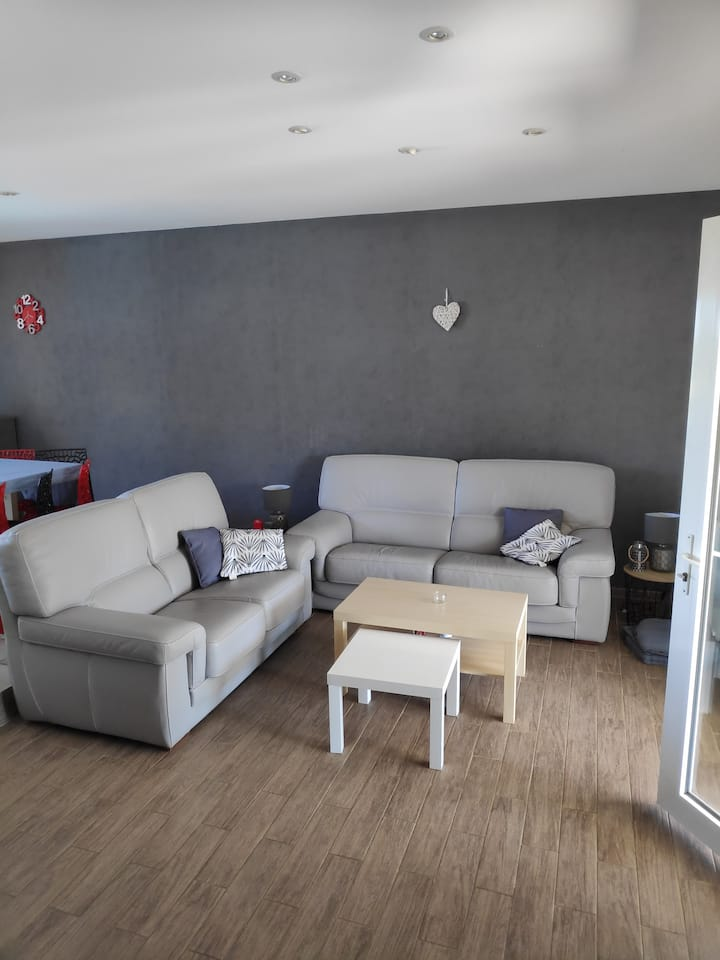 Maison meublée pour 4-5 personnes à 30 min Cholet