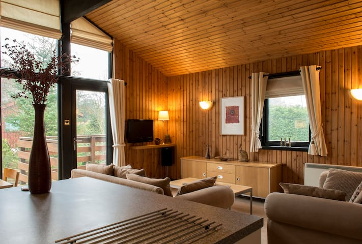 4* Contemporary Retreat in Cumbria (Lake District) - Hutton Roof. Nr Penrith - Huis