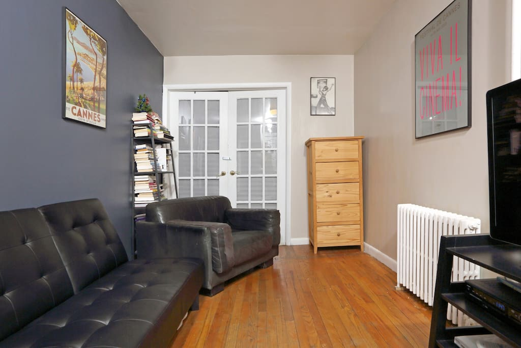 Small private room in hells kitchen apartments for rent for Hell s kitchen nyc apartments
