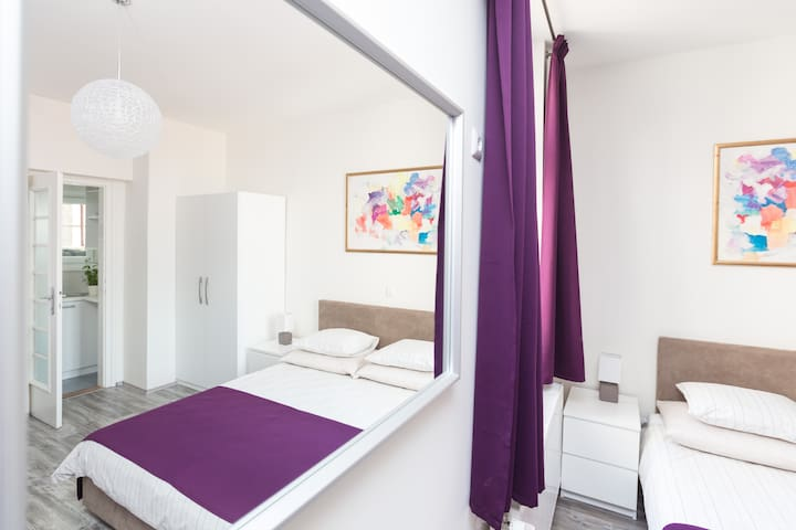 "*Strict center* Studio apartment ""Dolac"" CENTER 4*"