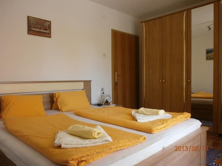 Charming Room Dijana close to the Beach